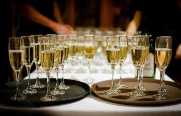 披露宴やパーティー会場での乾杯ドリンク